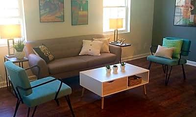 Living Room, 1700 Chapel Hill Rd, 1