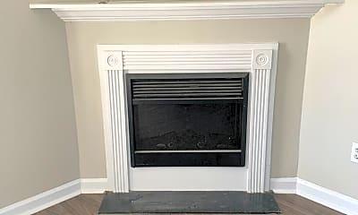 Living Room, 412 Winners Cir N, 2