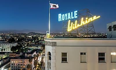 Wilshire Royale, 2