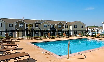 Pool, Springs at Bettendorf Apartments, 0