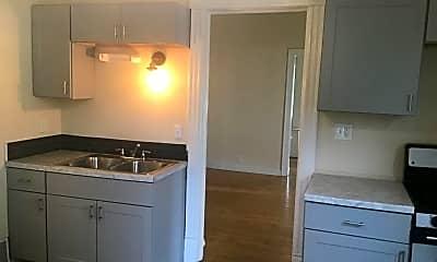 Kitchen, 2825 N Humboldt Blvd, 2