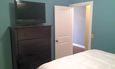 Bedroom, 90 E Market St, 1