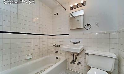 Bathroom, 2335 1st Ave 3-D, 2