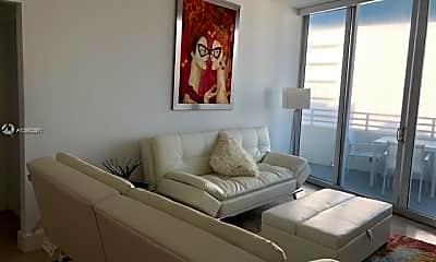 Bedroom, 225 Collins Ave, 0
