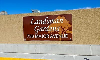 Landsman Gardens, 1