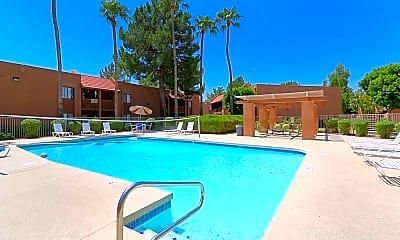 Pool, Oakridge, 1