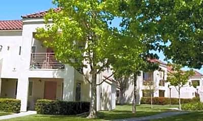 Mira Vista Apartments, 2