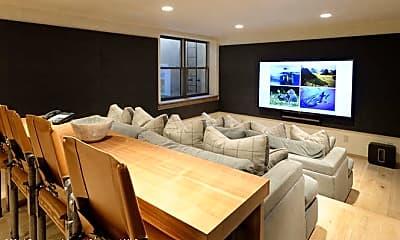 Living Room, 1240 Riverside Dr, 2