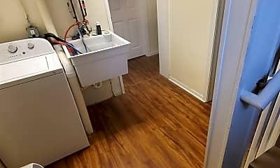 Bathroom, 518 Lawrence St, 2