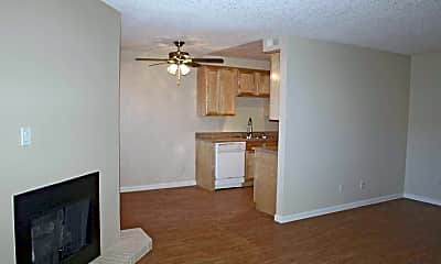 Dining Room, Eastyn Park Apartments, 2