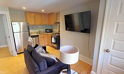 Living Room, 324 S Juniper St, 1