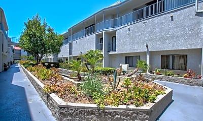 Courtyard, 413 N Adams, 2