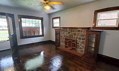 Living Room, 36 W Avondale Ave, 0