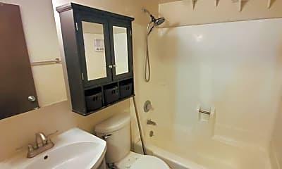Bathroom, 3284 Adams Dr, 1