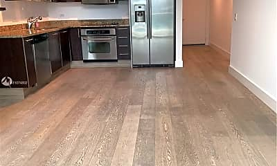Kitchen, 41 SE 5th St 1806, 2