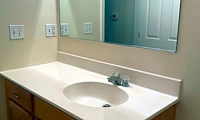 Bathroom, 181 Armstrong Street, 2