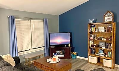 Living Room, 1824 Cedar Dr, 1