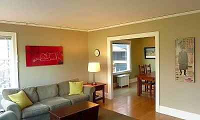 Living Room, 337 18th Ave E, 1