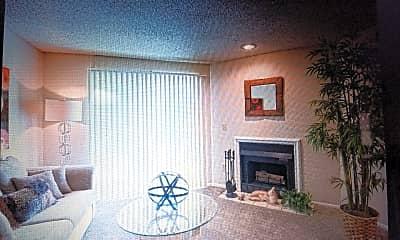 Living Room, 480 NE Windrose Drive, 0