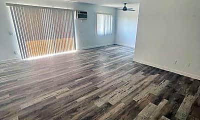 Living Room, 3173 Rowena Ave, 2