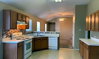 Kitchen, 11905 Grizzly Bear Dr, 1