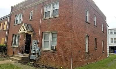 Building, 1424 Staples St NE 3, 1