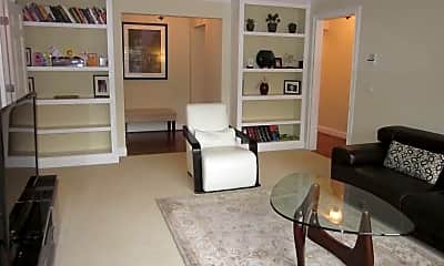 Living Room, 3670 Ashworth Dr, 0