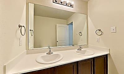 Bathroom, 1616 Twin Hills Way, 2