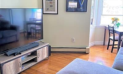Living Room, 709 Centre St, 1