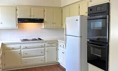 Kitchen, 1239 Robinson Ave, 1