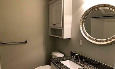 Bathroom, 207 Dart Dr, 2