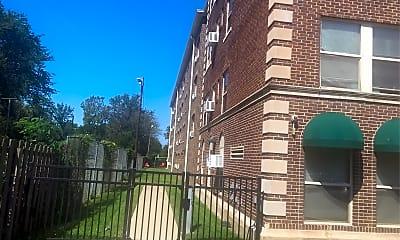 Erie Square Apartment, 2