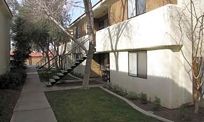 Casa Bonita, 2