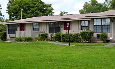 Palatka Oaks Apartments, 2