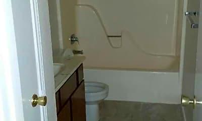 Bathroom, Skyline and Madrid Apartments, 2