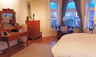 Living Room, 2832 N Calvert St, 2