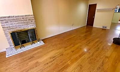 Living Room, 2627 Bainbridge St, 1