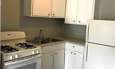 Kitchen, 347 Ware Blvd, 1