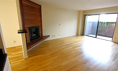Living Room, 1423 18th St, 2