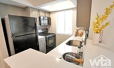 Kitchen, 1300 Spyglass Drive, 1