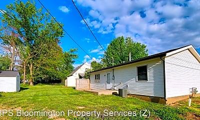 Building, 2219 E 7th St, 2
