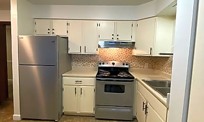 Kitchen, 310 N Hammes Ave, 1