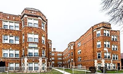 Building, 9040 S Bishop, 2