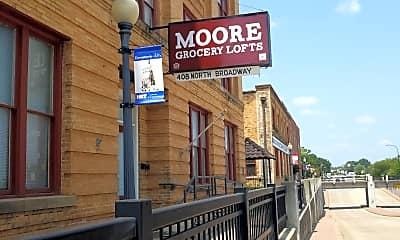 Moore Grocery Lofts, 1
