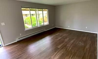 Living Room, 4315 S Warner St, 1