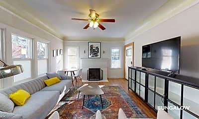 Living Room, 2808 E Spring St, 0