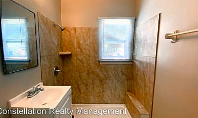 Bathroom, 3753 42nd St, 2