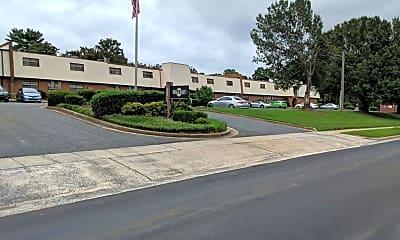 Villa East, 1