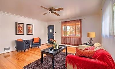 Living Room, 2200 Newark St, 2