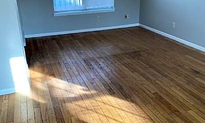 Living Room, 1680 Park N Way, 1